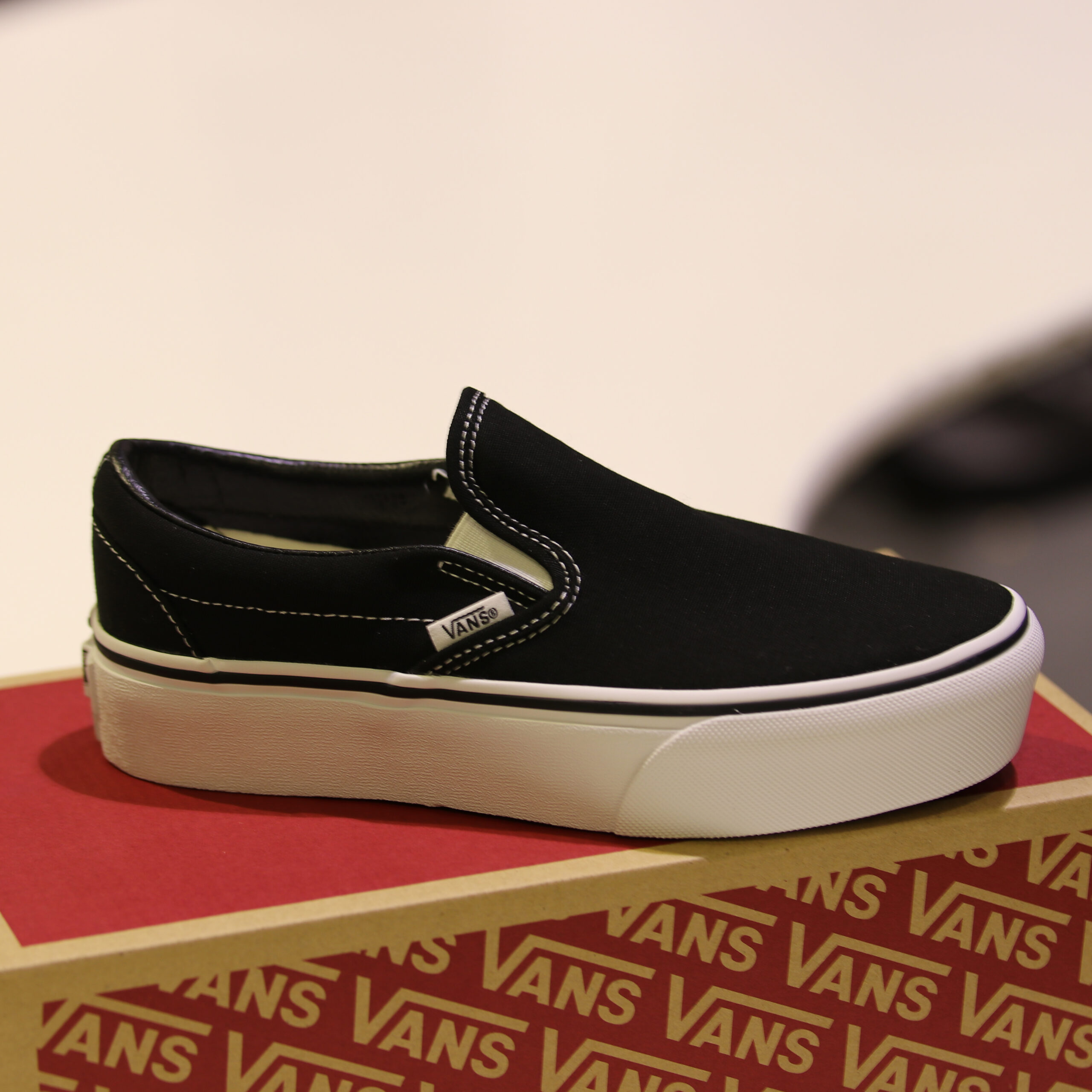 Vans - Classic Slip-On P Black 38
