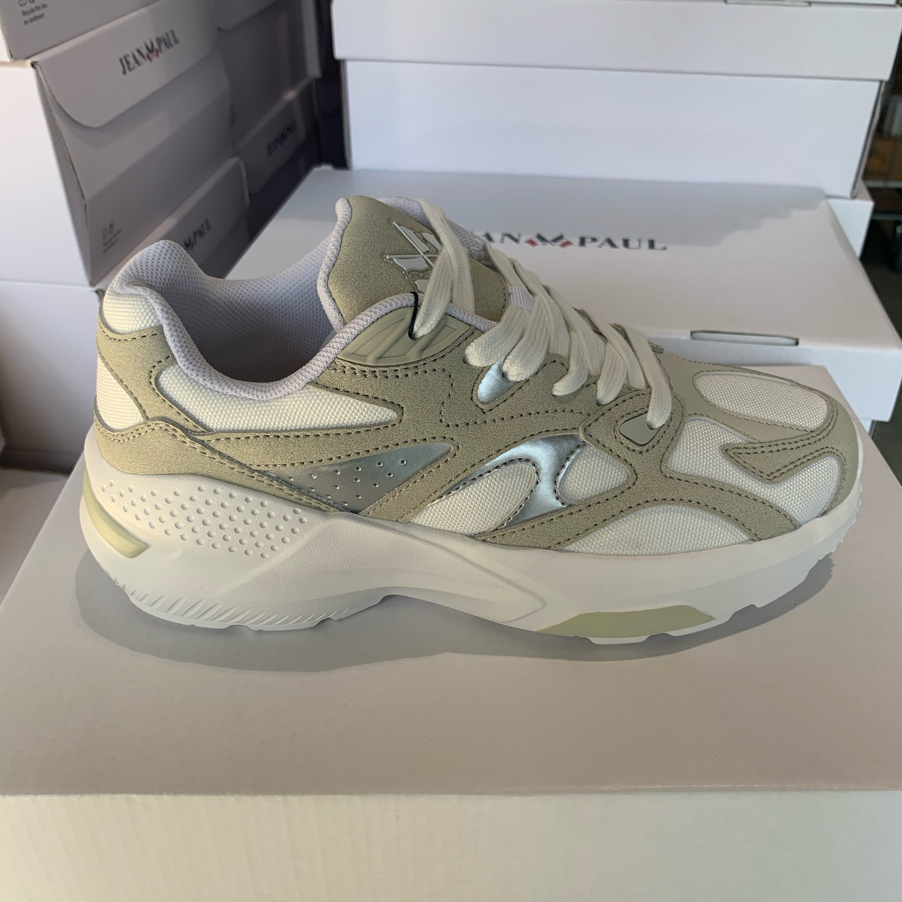 jean paul aix chunky sneakers white beige5